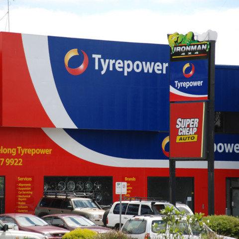 Lewis Tyrepower