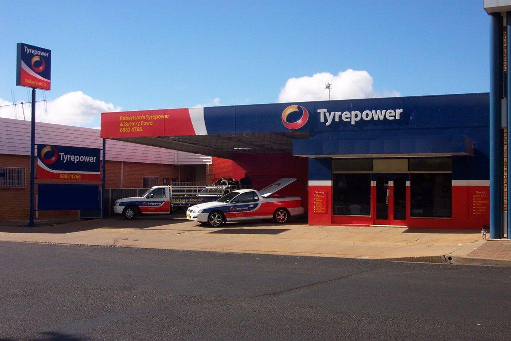 Robertson's Tyrepower